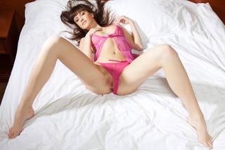 Photo dans la lingerie érotique